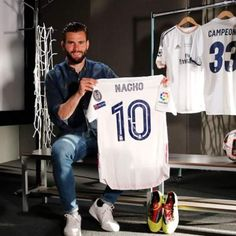 Real Madrid, Sports, Tops, Fashion, Champs, Hs Sports, Moda, Fashion Styles, Sport