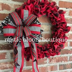 Excited to share this item from my shop: Buffalo plaid burlap wreath; buffalo check home decor; Valentine's Day wreath; Valentine Day Wreaths, Holiday Wreaths, Winter Wreaths, Christmas Decorations, Valentines, Farmhouse Christmas Decor, Rustic Christmas, Buffalo Check, Diy Wreath