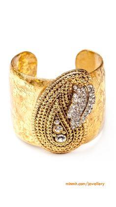 gold-hand-cuff
