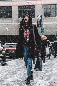 NYFW-New_York_Fashion_Week-Fall_Winter-17-Street_Style-Model-3