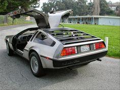 DeLorean DMC - 12 THE ICON