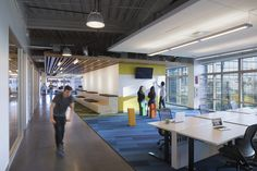 Gallery of GoDaddy Silicon Valley Office / DES Architects + Engineers - 3