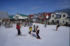 Asessippi Ski Area & Resort is the largest ski resort in Manitoba. The Places Youll Go, Places Ive Been, Places To Go, Ski Trips, Snowshoe, Holiday Time, Snowboard, Skiing, Tourism
