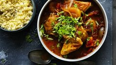 Chicken tagine with mango and apricot