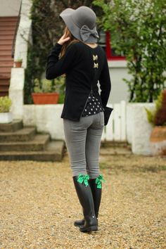 Under my umbrella Riding Boot Outfits, Riding Boots, Wellies Boots, Shoe Boots, Rainy Day Fashion, Black Rain Boots, Under My Umbrella, Rain Wear, Beautiful Outfits