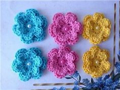 NUEVO!  flores de ganchillo 6x - 4,5cm