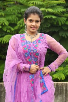 actress largest navel,cleavage,hip,waist photo collections : Preethi Shankar hot Beautiful Girl Quotes, Beautiful Girl In India, Beautiful Girl Photo, Beautiful Women, Beautiful Things, Indian Actress Hot Pics, South Indian Actress Hot, Beautiful Bollywood Actress, Most Beautiful Indian Actress