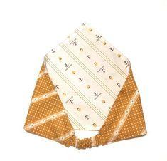 以前、子ども用の「ゴム付き三角巾の作り方(幼児~低学年サイズ)」を紹介させて頂いたのですが、今回は自分用に大人…