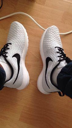 the best attitude b63d4 fb84b Nike flynknite Roshe run my own shoes