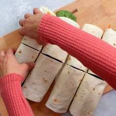 Wrap Recipes For Lunch, Veggie Lunch Ideas, Healthy Lunch Wraps, Vegetable Lunch, Vegetarian Wraps, Vegetarian Lunch, Lunch Snacks, Healthy Meal Prep, Ideas For Lunch