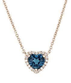 Pendentif de oro rosa con topacio talla corazón central y orla de diamantes de Suárez. Para más información: www.joyeriasuarez.com