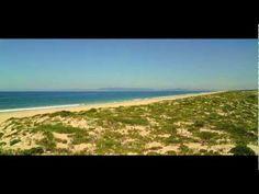 Welcome to Comporta Descubra a Comporta, um lugar de sensações, cheiros e sabores onde a brisa do mar convive com o verde da floresta. Quem a descobre, apaixona-se. Uma paixão que nos faz querer sempre voltar. E que, a cada regresso, nos brinda com uma paisagem em estado puro. Um lugar de onde nunca se parte totalmente.  Comporta: Mais que um lugar, um estado de alma #Portugal