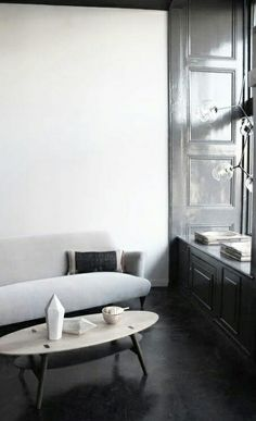 = gloss grey room design house design design ideas interior design 2012 decorating before and after Gray Interior, Home Interior, Interior Architecture, Interior Decorating, Decoration Inspiration, Interior Inspiration, Living Room Grey, Home And Living, Living Room Designs
