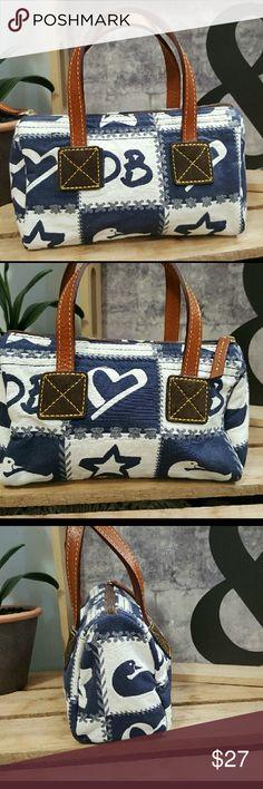 Dooney Bourke Handbag NWOT DOONEY BOURKE SMALL HANDBAG Dooney & Bourke Bags Mini Bags