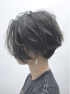 Pin on ヘアースタイル Tomboy Hairstyles, Pretty Hairstyles, Tomboy Haircut, Short Hair Tomboy, Girl Short Hair, Ulzzang Short Hair, Short Grunge Hair, Undercut Hairstyles Women, Pixie Hairstyles