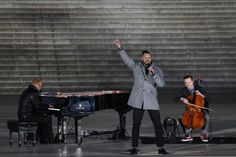 This year's preinaugural concert in Washington may not be like star-studded affairs of the past, but supporters say they don't care.
