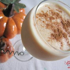 Pumpkin protein smoothie shake with 16 grams of plant based protein! Pumpkin lovers will love this recipe that is perfect for fall! #pumpkinrecipes #proteinshake #pumpkinsmoothie #pumpkin #proteinsmoothie #breakfast Pumpkin Protein Smoothie, Apple Smoothies, Protein Smoothies, Baked Pumpkin, Pumpkin Recipes, Pumpkin Cookies, Pumpkin Breakfast, Protein Breakfast, Clean Eating Snacks