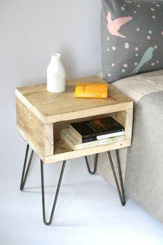 Table de chevet de Blondie Guéridon bois par LaMaisonDeFurniture