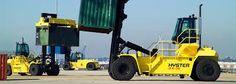 Bakırköy Kiralık Forklift Kiralama 0535 793 81 22 Bakırköy Kiralık Forklift firmamız sayesinde, gelirlerinizin neredeyse tümünü harcayacak olduğunuz forkliftlere belirli sürelerde kiralama suretiyle sahip olabilirsiniz. Böylelikle acele taşıma işleriniz olduğunda günlük, haftalık, aylık veya saatlik süren işlerinizde, kiralık forklift filomuzdan dilediğinizden yararlanma fırsatı bulabilirsiniz. Bakırköy Forklift Kiralama hizmetlerimiz arasında aynı zamanda bakım ve onarım çalışmaları