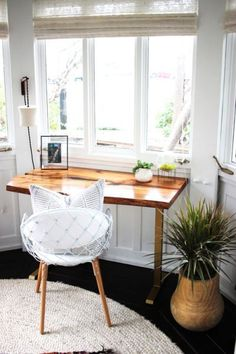 This would be an easy desk to make