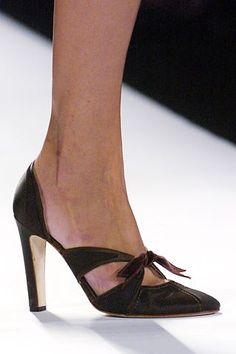 Carolina Herrera Fall 2005 Ready-to-Wear Fashion Show Details
