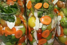 Green Tomatoes, Pune, Fruits And Vegetables, Pickles, Carrots, Stuffed Peppers, Mai, Cooking, Healthy