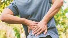 Dureri de spate, cauze simptome si remedii. Aflăce trebuie să faci când durerile de spate persista. #dureri #spate #sanatate #natura #remedii Holding Hands, Hand In Hand
