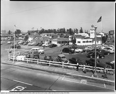 Farmer's Market entrance and Du-Par's at the northeast corner of Beverly and Fairfax (ca. 1953).