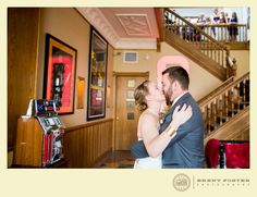 Great shot taken by Brent Foster Photography at Retro Suites Hotel. http://www.weddingshows.com