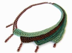 Statement necklace asymmetric jade green smoke by GiadaCorte.- Statement necklace asymmetric jade green smoke by GiadaCortellini, Statement necklace asymmetric jade green smoke by GiadaCortellini, - Crochet Necklace Pattern, Crochet Earrings, Crochet Jewellery, Boho Earrings, Textile Jewelry, Fabric Jewelry, Freeform Crochet, Bead Crochet, Diy Collier