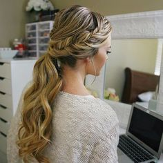 A little weekend hair inspo Fishtail Embellished Ponytail one of my favorite ways to dress up a low pony and perfect for dinner out! YouTube tutorial at MissySue.com/7fep or click the link in my bio! #missysueblog