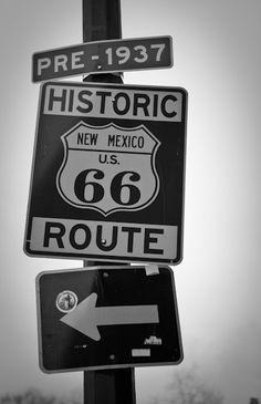 Traverser la route 66 en moto ou Mustang.