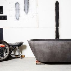 Our Oasis bath sitting pretty in our Burleigh workshop. Images by @jessie_and_jones for our new website launching soon!