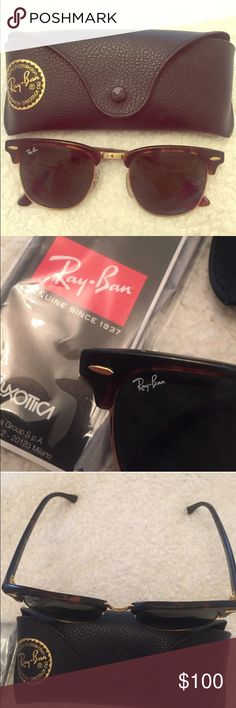 Ray-Ban Clubmaster in Classic Tortoise Ray-Ban Clubmasters in Tortoise color. Barely worn. Come with original case and cleaning cloth still in package. A cute and classic style! Ray-Ban Accessories Sunglasses