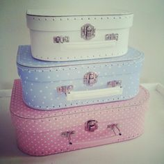Gorgeous 3 piece mixed pastle coloured mini suitcase set.   #minisuitcases #craftstorage #travelcases