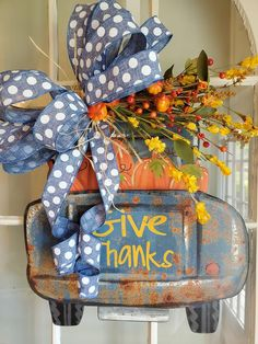 Thanksgiving Wreaths, Fall Wreaths, Thanksgiving Decorations, Fall Door Decorations, Fall Decor, Diy Arts And Crafts, Fall Crafts, Fall Door Hangers, Shops