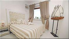 hálószobák, mediterrán lakásban (Luxuslakások) Cottage Homes, Sweet Home, Country, Bed, Furniture, Home Decor, Decoration Home, House Beautiful, Rural Area