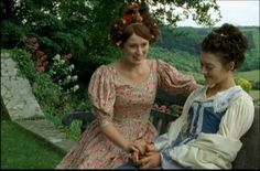 Keely Hawes and Justine Waddell as Cynthia Kirkpatrick and Molly Gibson (Wives and Daughters, 1999)