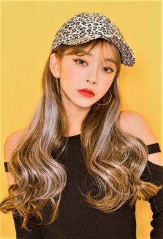 Korean Girl Photo, Korean Girl Fashion, Cute Korean Girl, Asian Girl, Woman Fashion, Korean Makeup, Korean Beauty, Asian Beauty, Ulzzang Hair