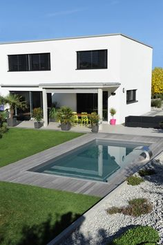 ideas for the perfect pool - Pool of Piscinelle ideas for the perfect pool - Pool of Piscinelle - Casa Con Piscina De Lujo Small Backyard Pools, Small Pools, Swimming Pools Backyard, Swimming Pool Designs, Pool Landscaping, Backyard Ideas, Pool Pool, Balcony Ideas, Moderne Pools