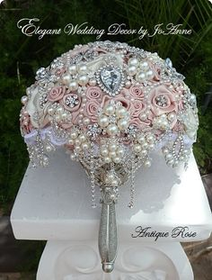 CUSTOM VINTAGE Brooch Bouquet DEPOSIT For by Elegantweddingdecor, $200.00