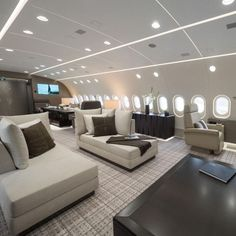 Is this the world's best private jet? The Boeing 787 that's an airborne penthouse apartment - Private Plane Jets Privés De Luxe, Luxury Jets, Luxury Private Jets, Private Plane, Avion Jet, Private Jet Interior, Aircraft Interiors, Penthouse Apartment, Modern Architecture House