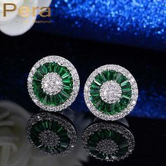 Cheap crystal stud earrings, Buy Quality stud earrings directly from China designer earrings Suppliers: Pera Elegant Design Cubic Zirconia Pave Setting Silver Color Women Party Big Round Green Crystal Stud Earrings For Gift Man Made Diamonds, Lab Created Diamonds, Heart Earrings, Stud Earrings, Color Plata, Diamond Simulant, Ladies Party, Silver Color, Fashion Jewelry