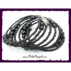 Perle din sticla sferice negre cu diametrul de 10 mm, orificiu 1.5 mm, cantitate 10 buc