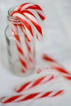 Now I love peppermint and I discovered candy canes last christmas!!! You better should not give me them cous I am crazy for them... But the thing is I cant get candy canes where I live, So I need to ask for them from my friends friend from London... So I get candy christmas, only after Xmas...