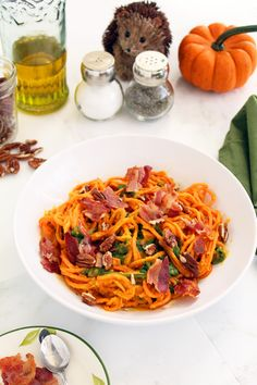 Roasted Butternut Squash Sweet Potato Noodles with Bacon, Crushed Pecans and Spinach | Inspiralized