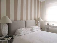 Sfoglia le immagini di Camera da letto in stile in stile Mediterraneo di casa Fioriv. Lasciati ispirare dalle nostre immagini per trovare l'idea perfetta per la tua casa.