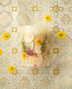 Rosy Rings Lemon Blossom & Lychee Botanical Candle