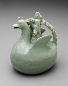 Bird Shaped Ewer with Crowned Rider Holding a Bowl, Goryeo dynasty (918–1392), 12th century |  Stoneware with celadon glaze and underglaze incised decoration | 21.4 x 17.7 x 13.2 cm |  Bequest of Russell Tyson, 1964.1213