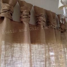 Té de cortinas de arpillera teñida rosetones - amplia Tabs ¡Gracias por pasar por mi tienda rústica y chic! .... Arpillera, qué una tela simple y natural que resaltará su comedor, el dormitorio o el solarium! ¡También pueden adornar en su patio! Ecogreen simple,... con un toque